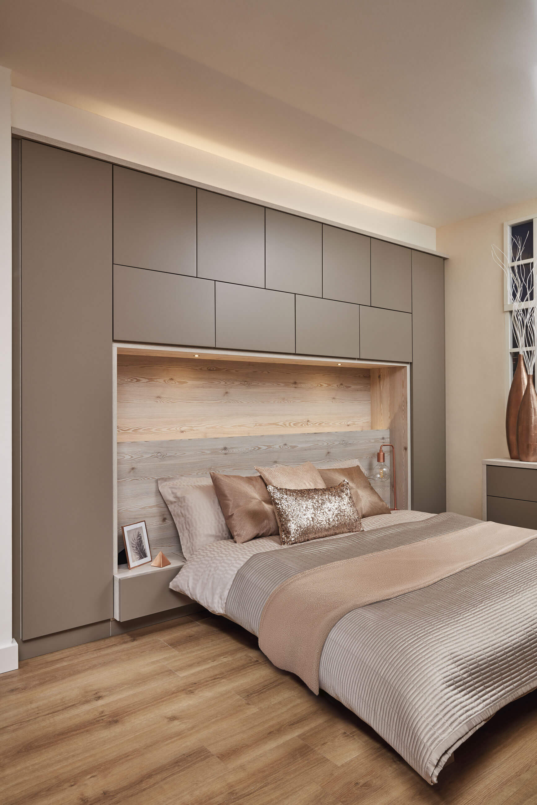 Contemporary Bedroom Furniture For Small Rooms
