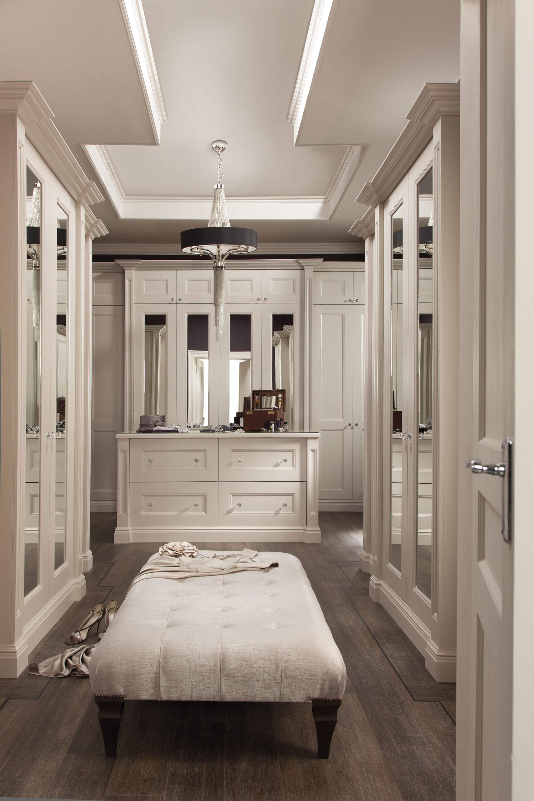 White dressing room neville johnson for Master bedroom dressing room ideas