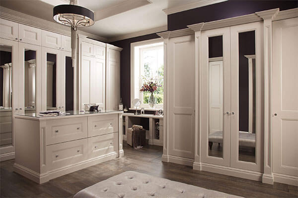 The Kensington White Dressing Room Is The Ultimate In Grandeur With  Extravagant Mullions And Imposing Cornice Detailing.