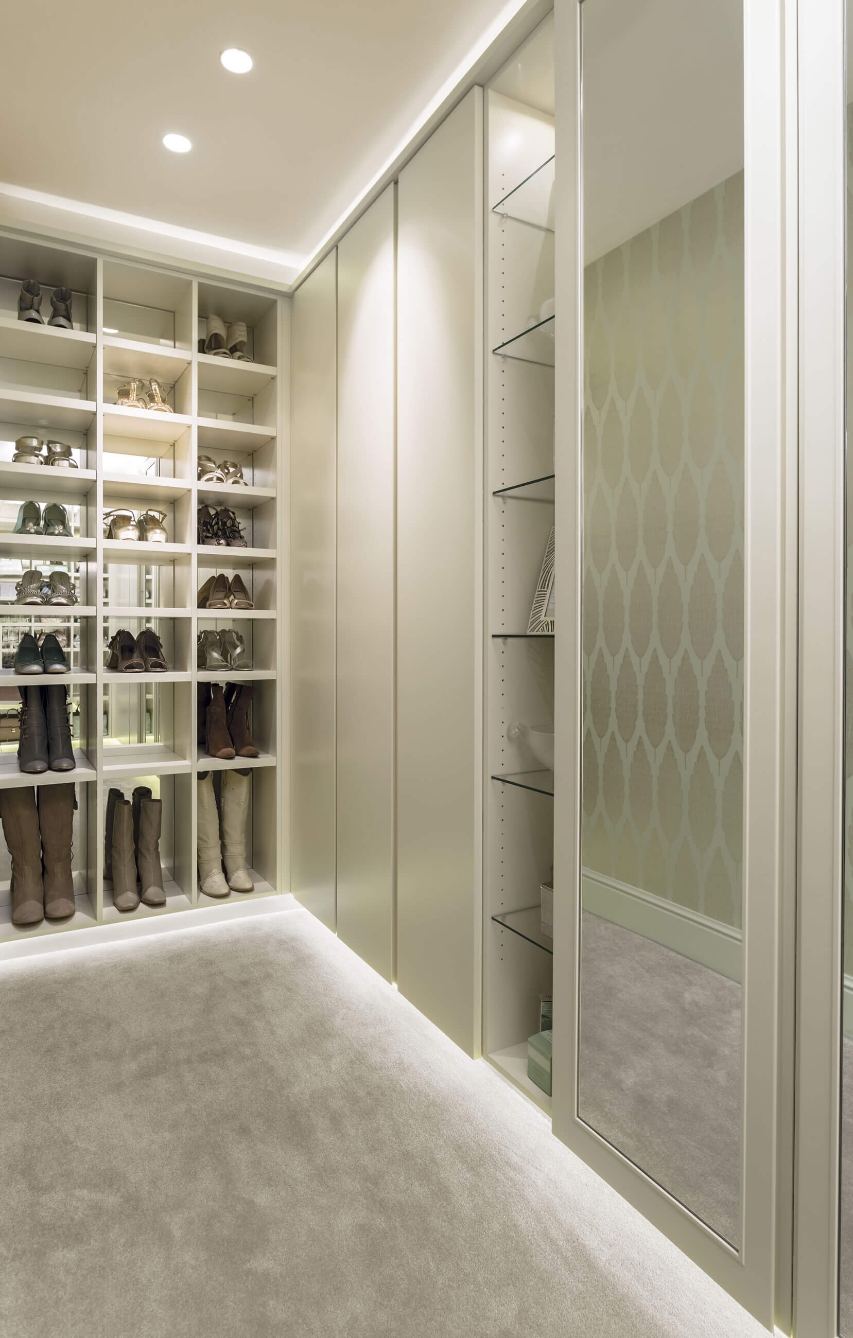 how to make a walk in wardrobe