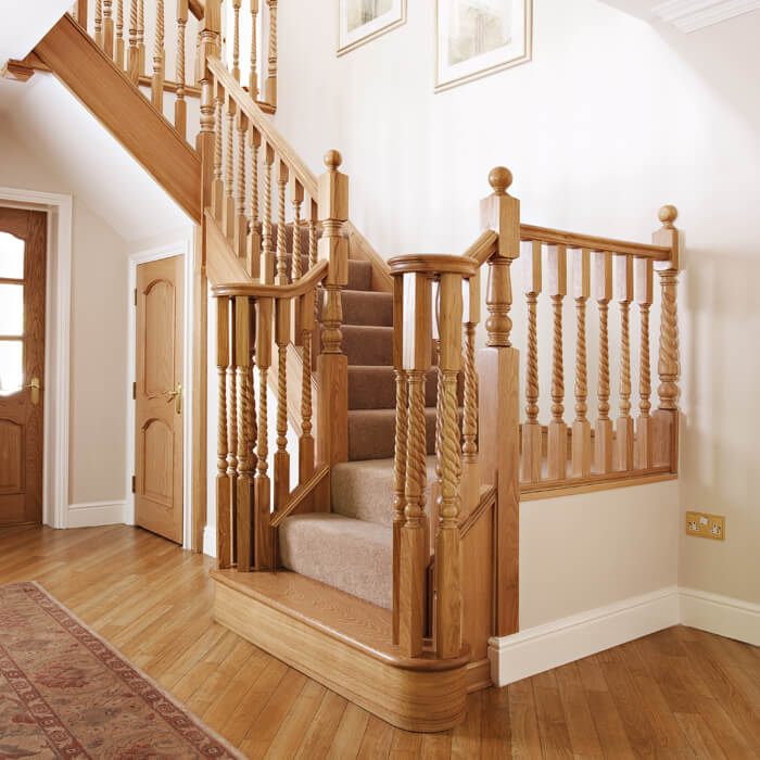 This Traditional Oak Design Brings Classic Elegance To The Home, Creating A  Statement Staircase That Is A Perfect Centrepiece For The Hallway.